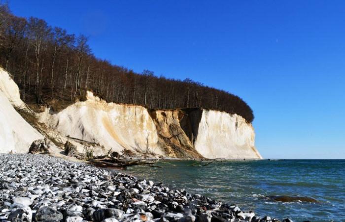 Kreidefelsen im Nationalpark Jasmund auf der Insel Rügen - UNESCO Weltkulturerbe an der Ostsee