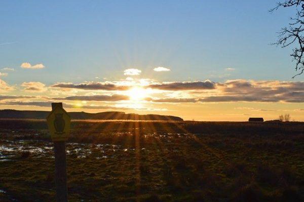 Sonnenuntergang über Middelhagen im Biopshärenreservat Südost-Rügen auf Mönchgut an der Ostseeküste