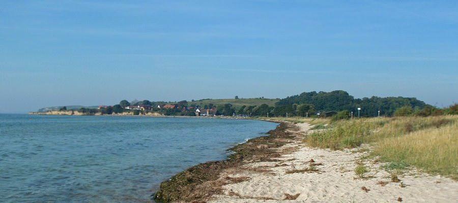 Strand zwischen Thiessow und Klein Zicker auf der Insel Rügen – Surfurlaub auf Mönchgut an der Ostseeküste